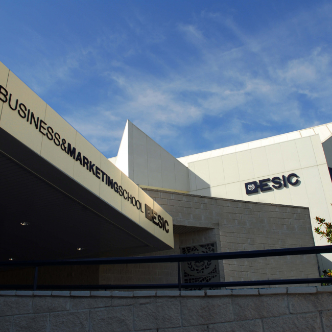 Centro de Estudios Superiores CES de Gestión Comercial y Marketing (E.S.I.C). Business & Marketing School